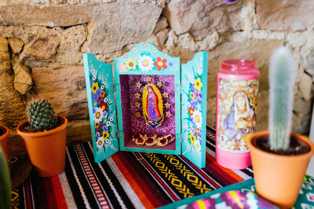 mariage-mexicain-lea-et-luc-chateau-de-terride-puycelsi-tarn-rosefushiaphotographie087