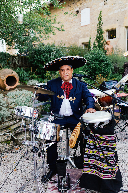 mariage-mexicain-lea-et-luc-chateau-de-terride-puycelsi-tarn-rosefushiaphotographie096