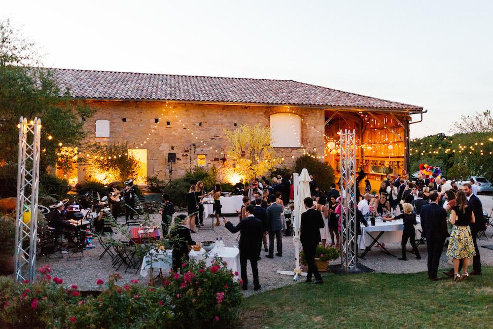 mariage-mexicain-lea-et-luc-chateau-de-terride-puycelsi-tarn-rosefushiaphotographie115