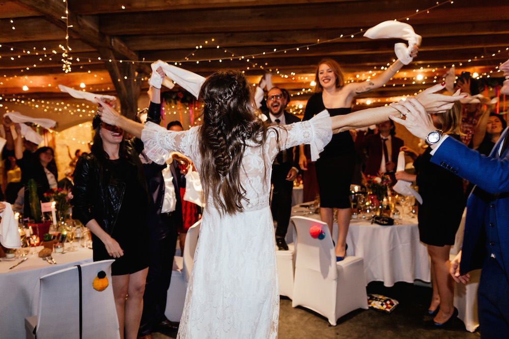 mariage-mexicain-lea-et-luc-chateau-de-terride-puycelsi-tarn-rosefushiaphotographie126