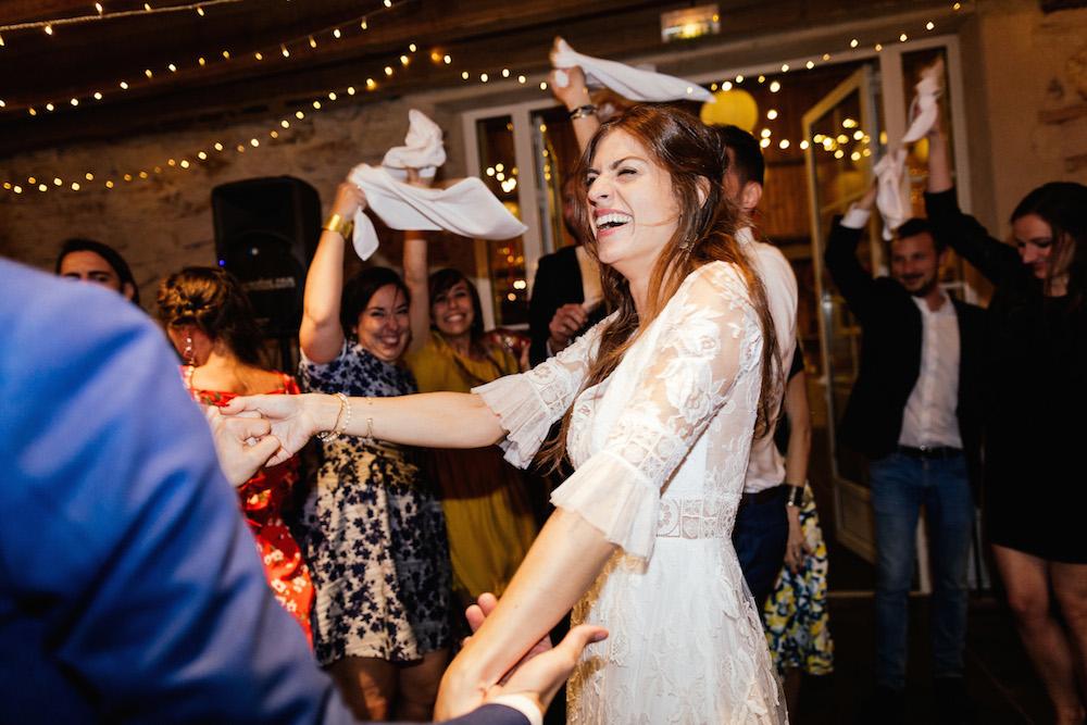 mariage-mexicain-lea-et-luc-chateau-de-terride-puycelsi-tarn-rosefushiaphotographie127