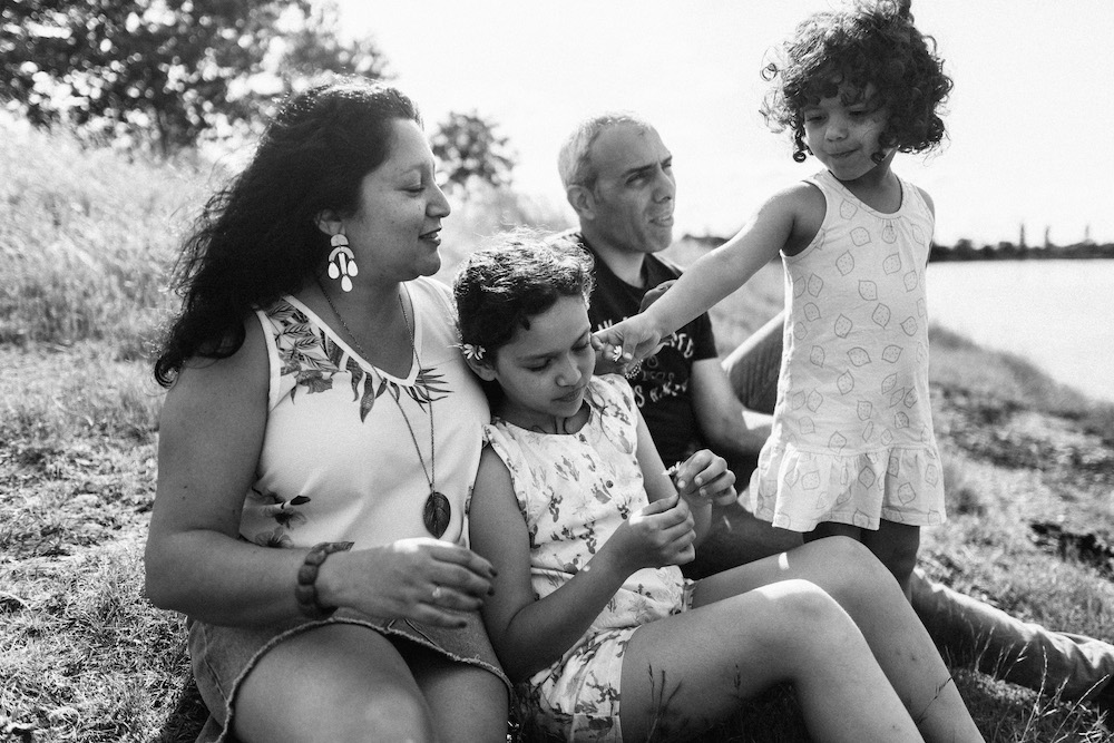 seance-e-famille-luis-linda-lac-de-la-ramee-toulouse-rosefushiaphotographie05