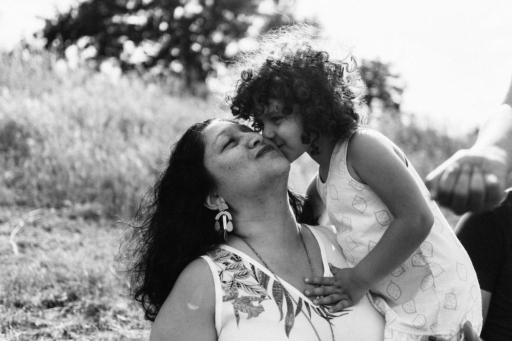 seance-e-famille-luis-linda-lac-de-la-ramee-toulouse-rosefushiaphotographie06