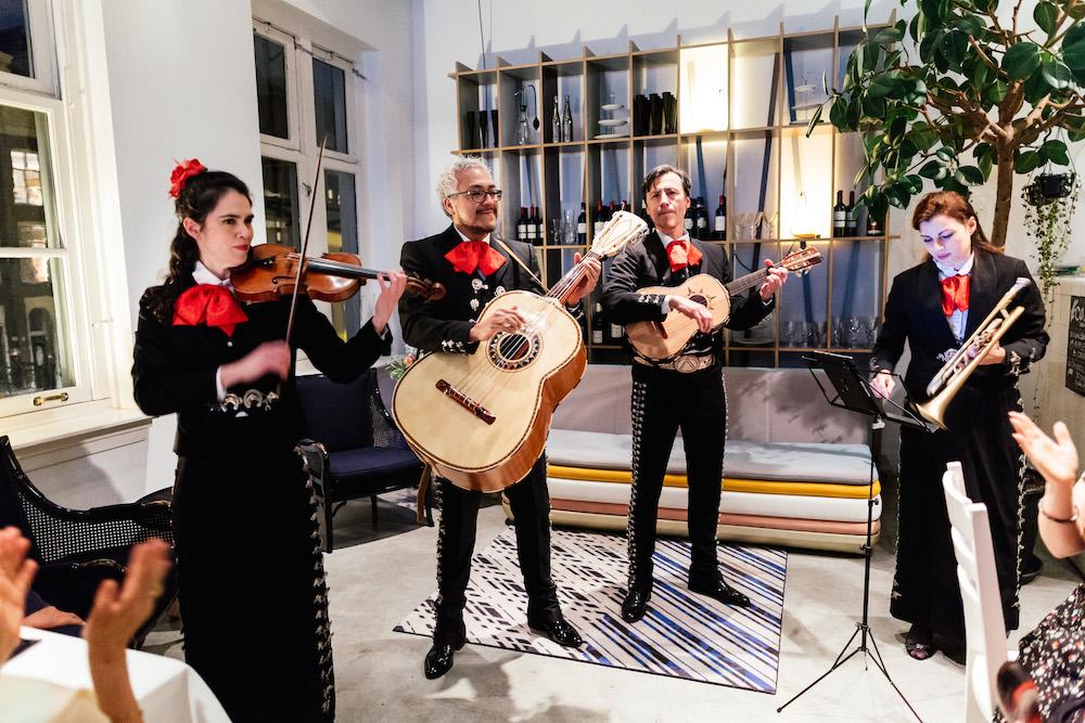 mariage-anglo-mexicain-elisa-richard-droog-hotel-amsterdam-rosefushiaphotographie121