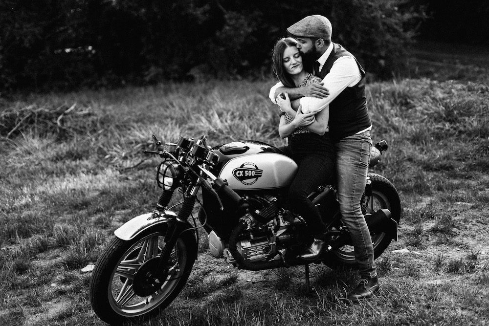 seance-couple-moto-day-after-krystele-donovan-rosefushiaphotographie029