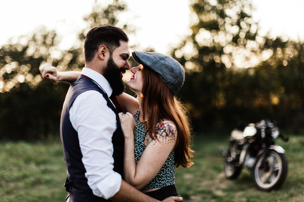seance-couple-moto-day-after-krystele-donovan-rosefushiaphotographie045