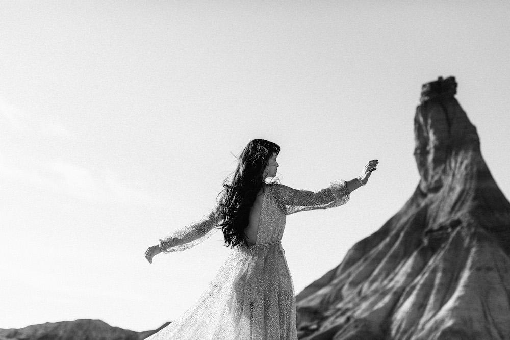 desert-bardenas-reales-love-session-lorie-romain-rosefushiaphotographie029