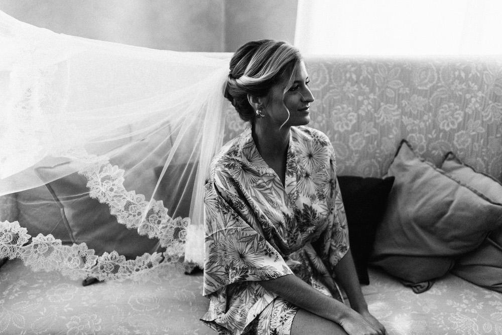 mariage-emma-olivier-domaine-de-beyssac-rosefushiaphotographie016