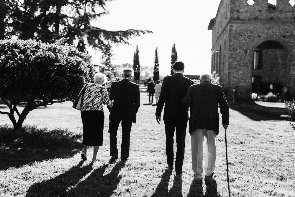 mariage-emma-olivier-domaine-de-beyssac-rosefushiaphotographie111