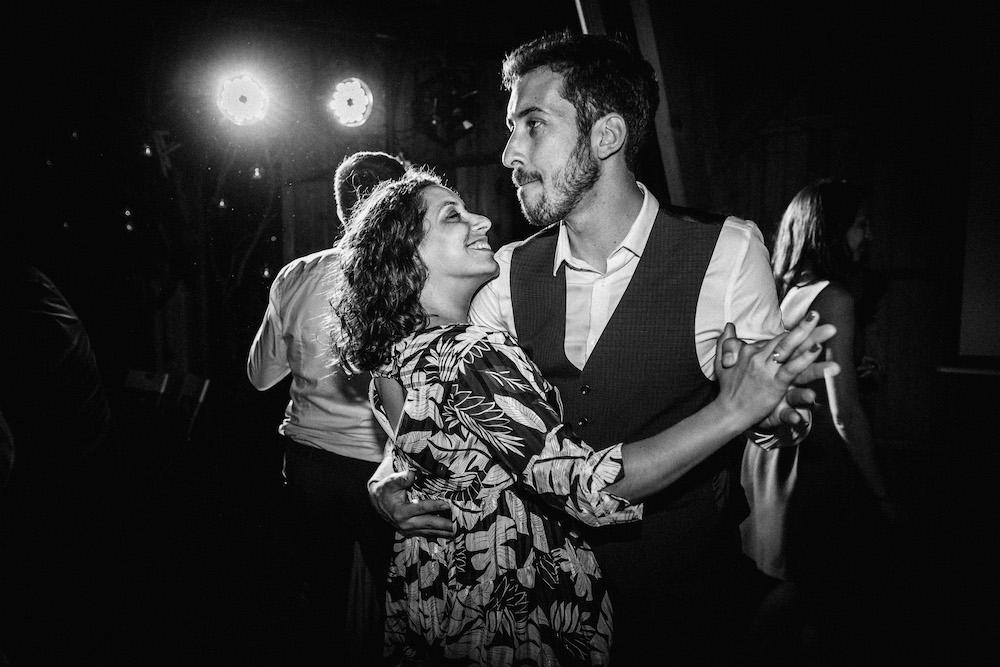 mariage-emma-olivier-domaine-de-beyssac-rosefushiaphotographie219