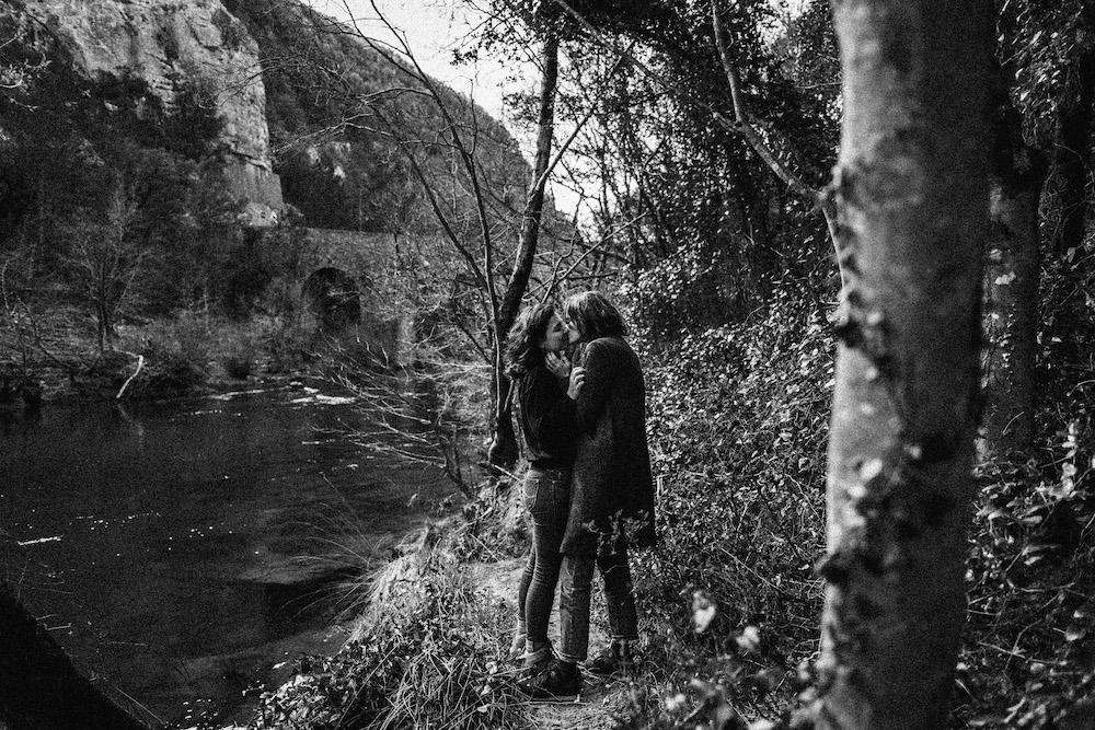 seance-couple-samesex-johana-marion-cevennes-rosefushiaphotographie001