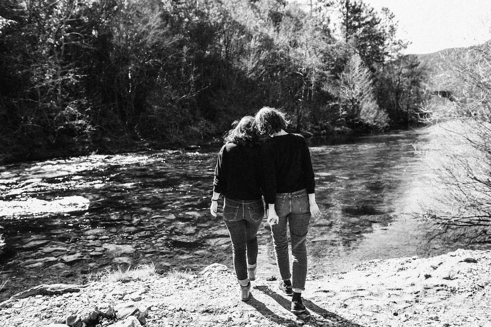 seance-couple-samesex-johana-marion-cevennes-rosefushiaphotographie035