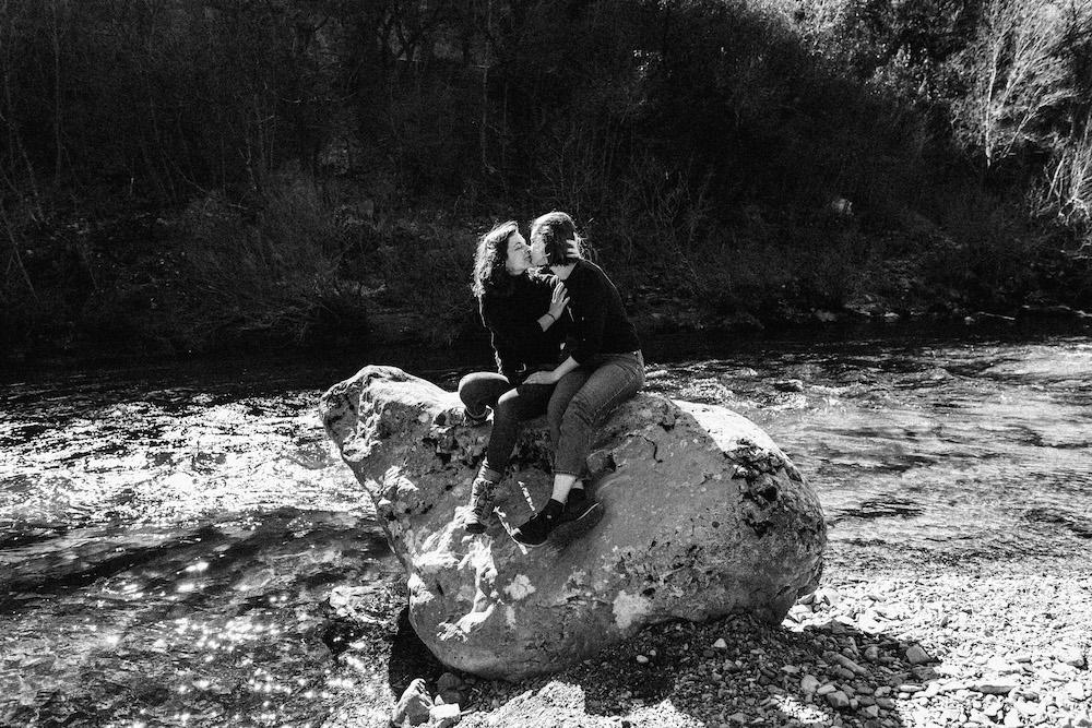 seance-couple-samesex-johana-marion-cevennes-rosefushiaphotographie048