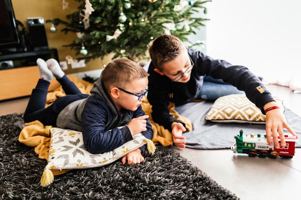 lifestyle-family-session-best-of-2020-french-photographer-toulouse-rosefushiaphotographie034